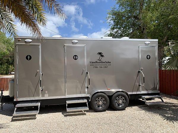 event restroom trailer