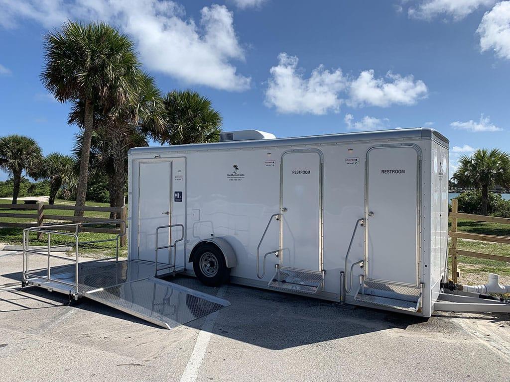 ADA-exterior-trailer